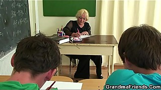 Hard threesome in the classroom