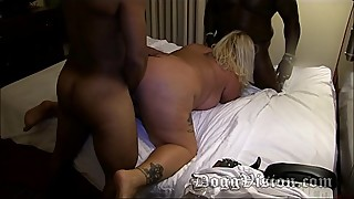 40y wide hips a frisky kitty ass fucked in swinger party