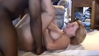 Amateur mature take a big black cock of black friend in the house cuckold666.com