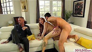 The wife makes her husband look sucking cock